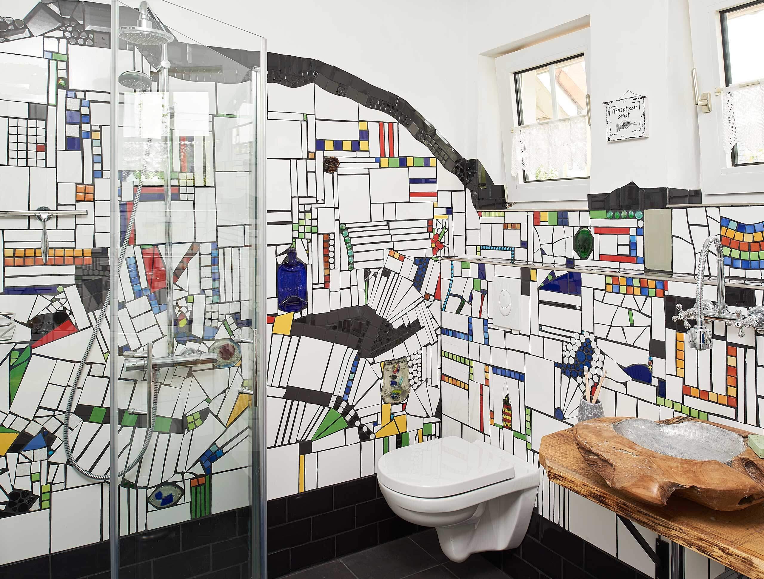 Badezimmer Hundertwasserstil